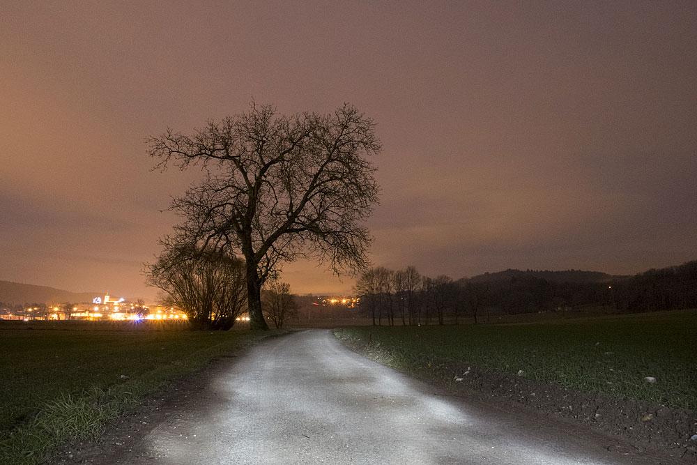 Light painting sur le chemin