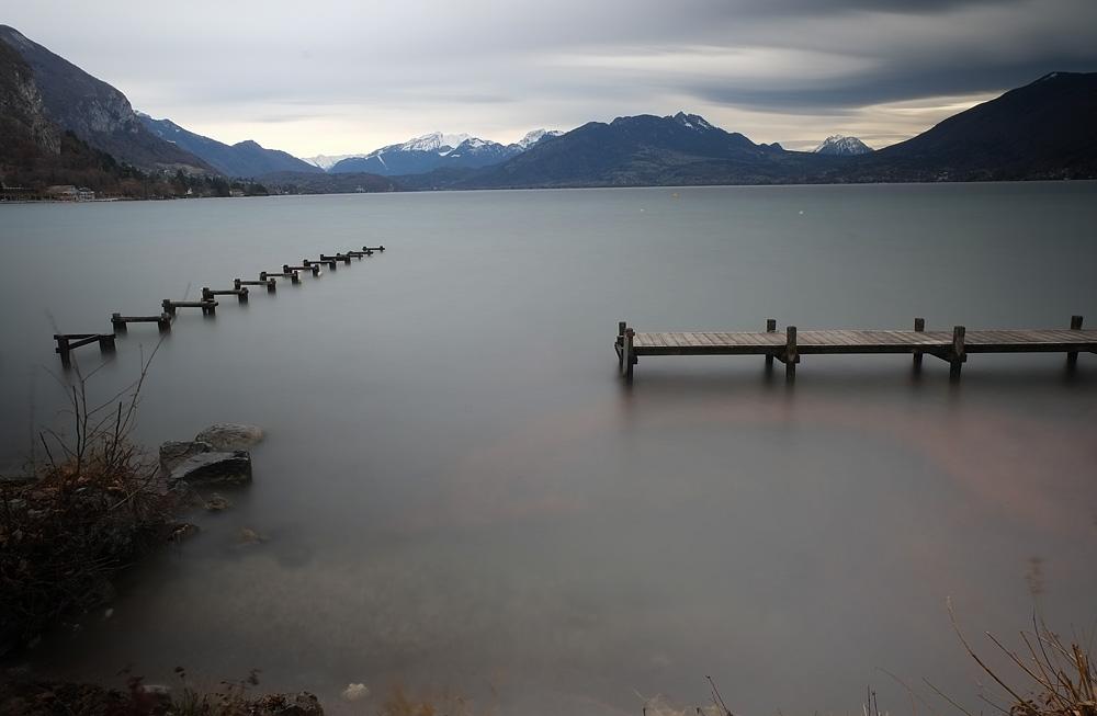 Jour de vent sur le lac d'Annecy